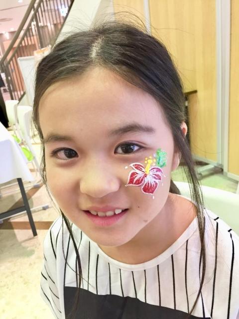 MONA新浦安フェイスペインティングの画像