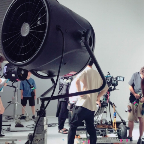TV-CM「ウエスト気になる」ボディペインティング制作の画像